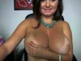 Chubby Emo Babe Exposed Her Awesome Boobs